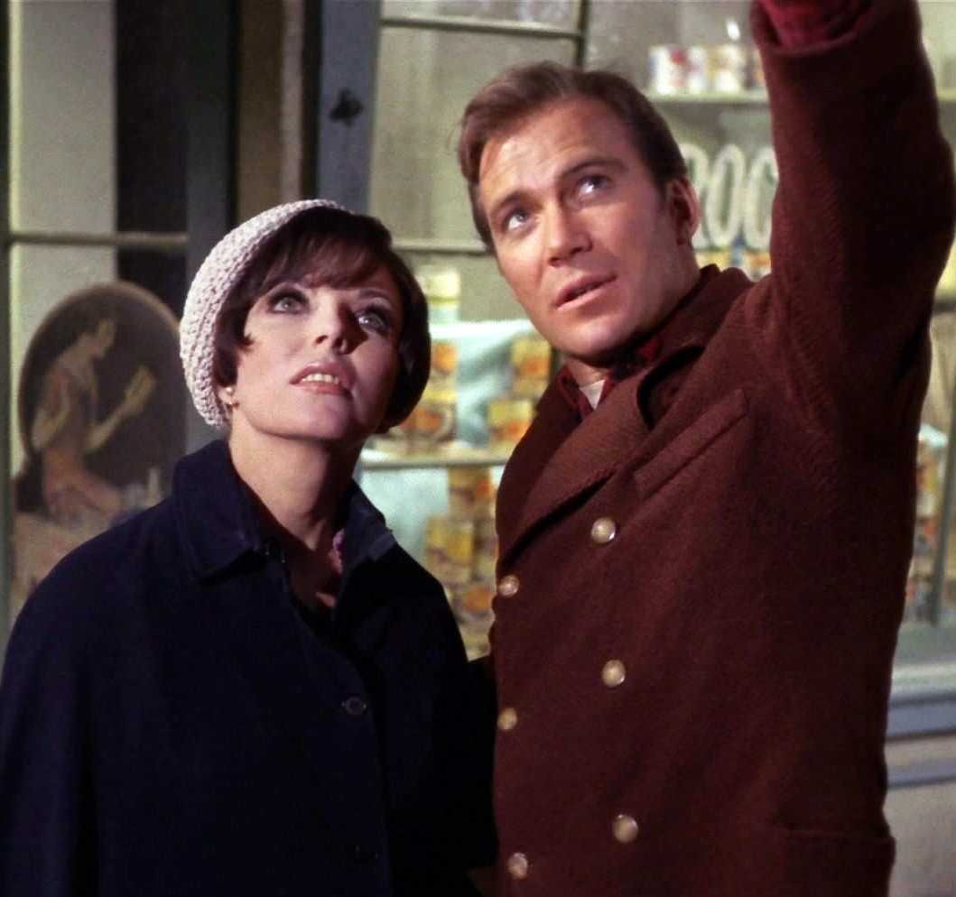 Edith_Keeler_and_Jim_Kirk.jpg