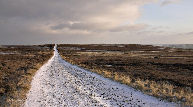 Desolate_track_on_Lealholm_moor_-_geograph.org.uk_-_94020.jpg